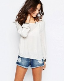 Esprit Relaxed Blouse With Cut Out Detail afbeelding
