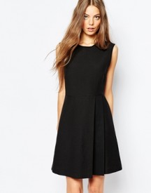 Sportmax Code Sleeveless Dress In Black With Pleat Detail afbeelding