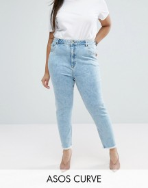 Asos Curve Farleigh Slim Mom Jeans In Sunni Pretty Midwash With Raw Hem afbeelding