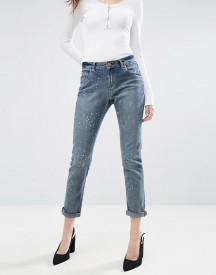 Asos Kimmi Shrunken Boyfriend Jeans In Rhonda Wash With Paint Splatters afbeelding