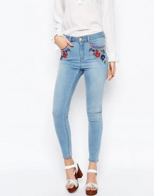 Asos Ridley Skinny Ankle Grazer Jeans In Surf Wash With Embroidery afbeelding