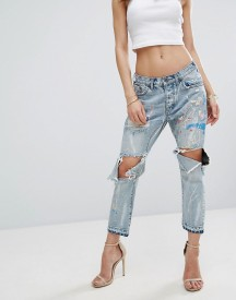 One Teaspoon Artiste Saints Low Waist Boyfriend Jean With Paint Detail And Rips afbeelding