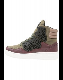 Criminal Damage Baller High Top Sneakers Hoog Burgundy afbeelding