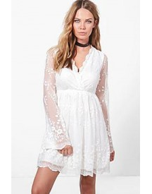 Lia Lace Wrap Front Shoulder Dress afbeelding