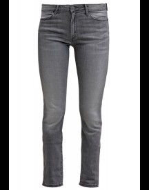 Wrangler Evalyn Slim Fit Jeans Great Grey afbeelding