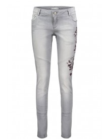 Nu 15% Korting: Betty&co Jeans afbeelding