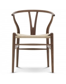 Carl Hansen & Son Ch24 Wishbone Stoel Classic Natural Geolied Walnoot afbeelding