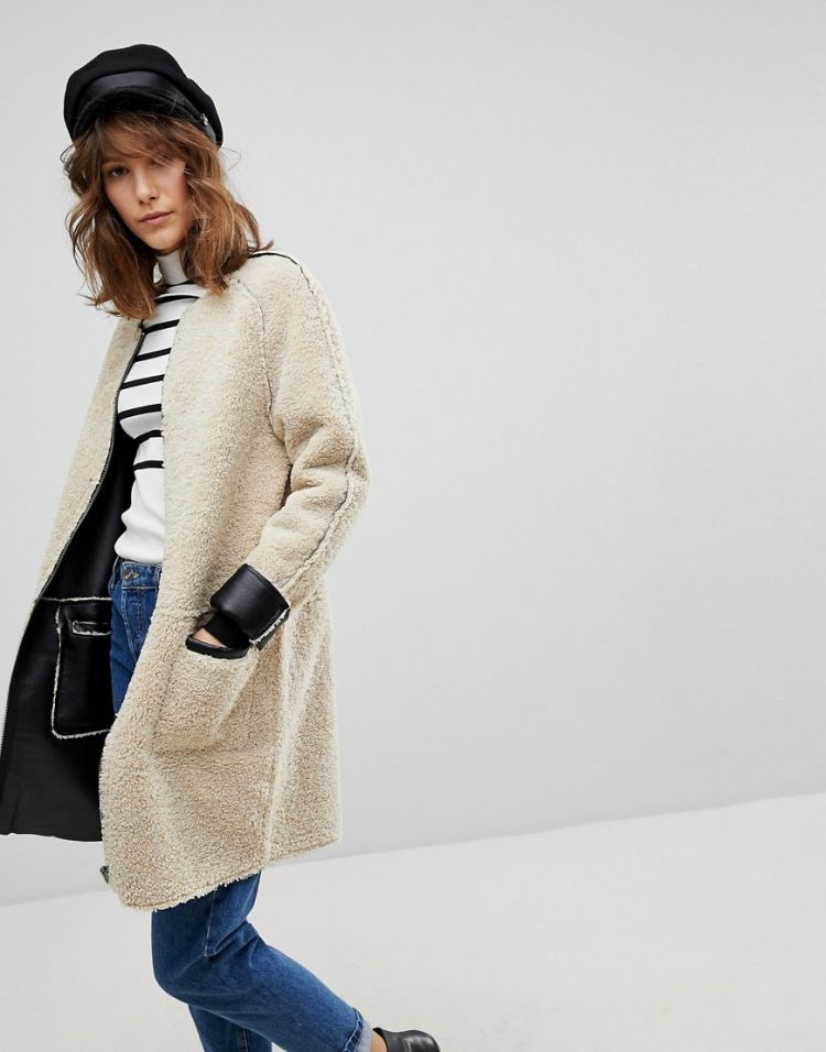 Image Stradivarius Collarless Teddy Jacket