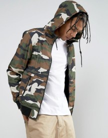 Bershka Hooded Bomber Jacket In Camo afbeelding