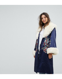 Dolly & Delicious Premium Embroidered Longline Kimono Jacket With Faux Fur Trim afbeelding