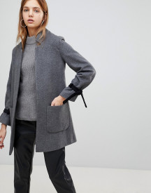 Helene Berman Wool Blend Notch Collar Coat With Tie Cuffs afbeelding