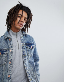Mennace Denim Jacket In Acid Wash With Distressing afbeelding