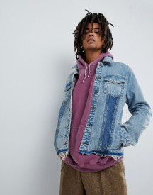 Mennace Denim Jacket In Midwash Blue With Contrast Panels afbeelding