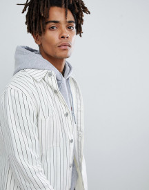 Mennace Denim Jacket In White With Pinstripe afbeelding
