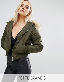 Missguided Petite Faux Fur Padded Bomber Jacket afbeelding