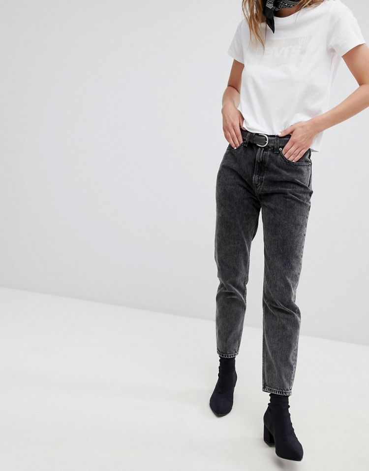 Image Levi's Extra Mom Jeans