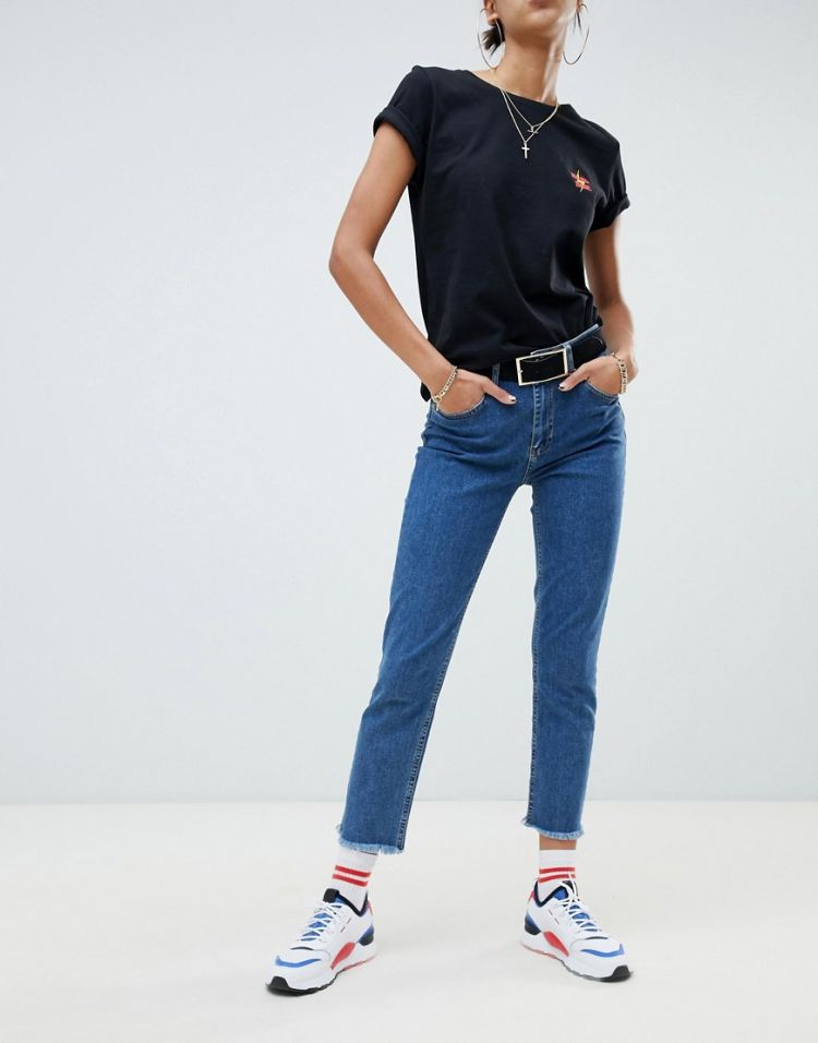 Image Na-kd Slim Cropped Jeans In Mid Blue