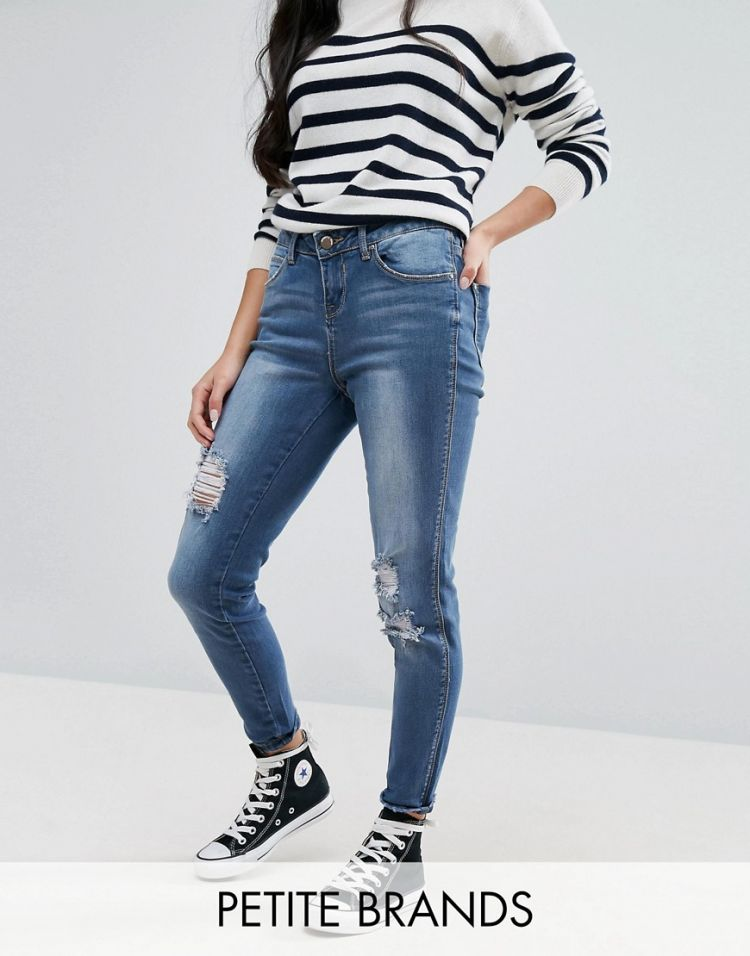 Image New Look Petite Distressed Skinny Jeans