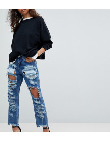 Asos Petite Original Mom Jeans In Authentic Mid Wash With Extreme Super Busts afbeelding