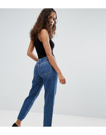 Asos Petite Original Mom Jeans In Haillie Mid Wash With Stepped Hem afbeelding