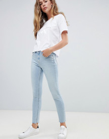 Calvin Klein High Rise Slashed Skinny Jeans afbeelding