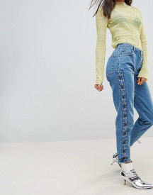 Chorus Lace Up Side Mom Jeans afbeelding