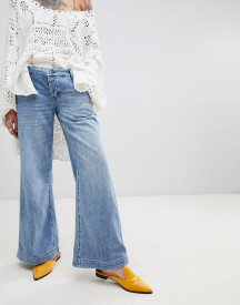 Free People Sydney Flared Jeans afbeelding