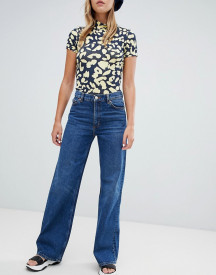 Monki Wide Leg Jeans In Mid Blue afbeelding