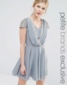 Maya Petite Short Sleeve Mini Dress With Embellished Sleeves And Wrap Front Detail afbeelding