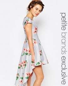 True Decadence Petite Mini Prom Dress In Allover Floral With High Low Hem afbeelding